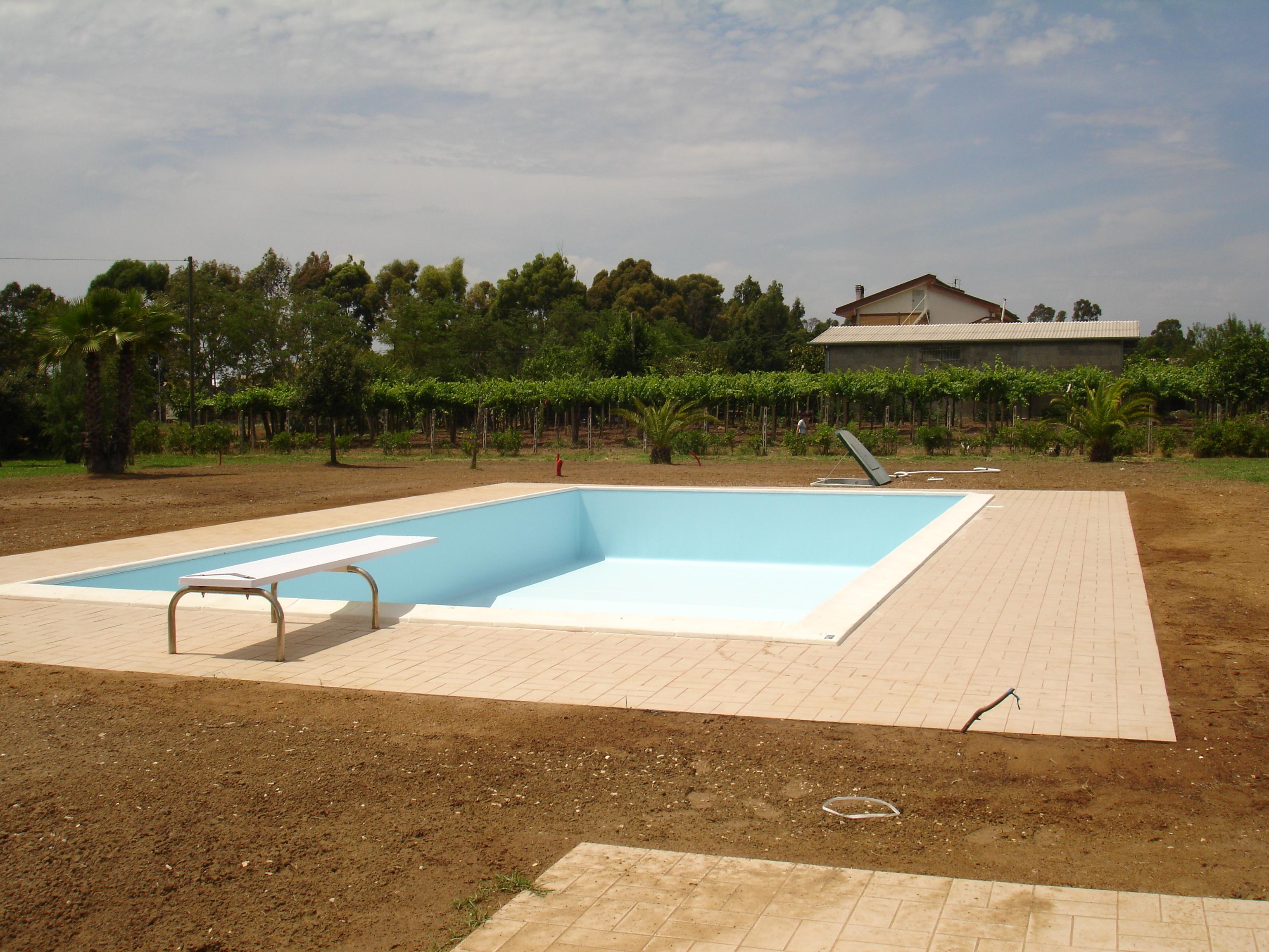 Foto di piscine in realizzazione da piscine effepi service for Piscine service